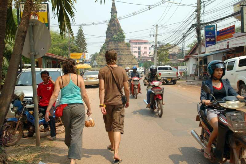 eu-costas-vientiane-viajar-sozinha-eusouatoa